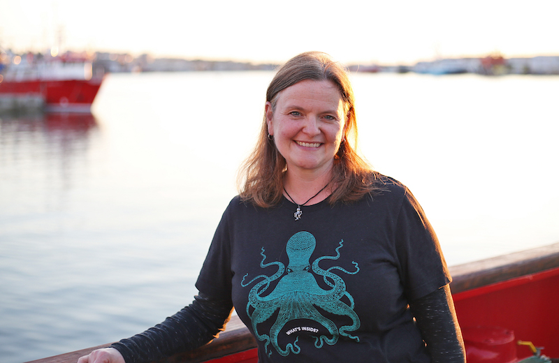 Michelle Cusolito on the aft deck of the Sarmiento de Gamboa. Photo by Marley Parker, @Woods Hole Oceanographic Institution